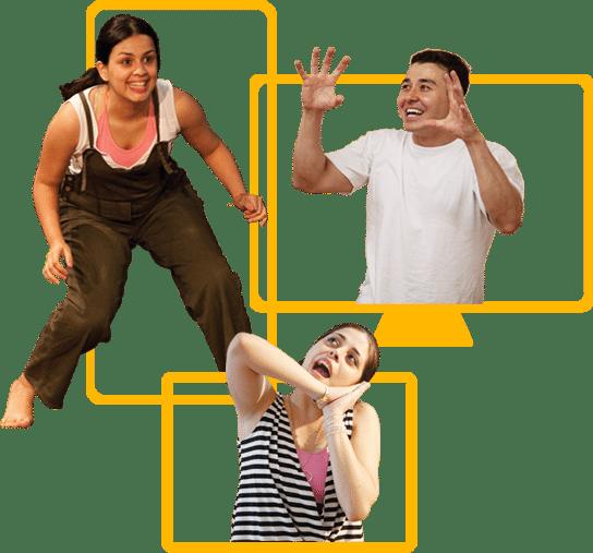 três pessoas praticando teatro